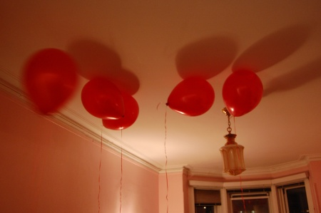 Large balloons in the Hotel Chelsea, Room 722