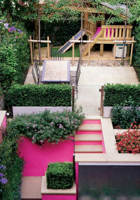 PINK STAIRS HOW ADORABLE!