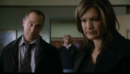law & order SVU flight chris meloni mariska hargitay 5.jpg
